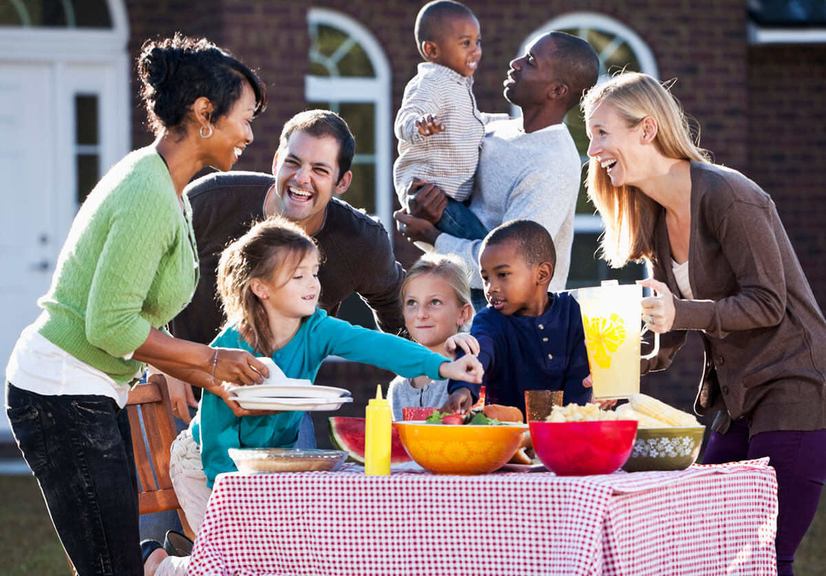 Adults and Kids Picnicing